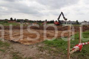 Die fertige Baugrube hatte anders als erwartet eine relativ große Tiefe.