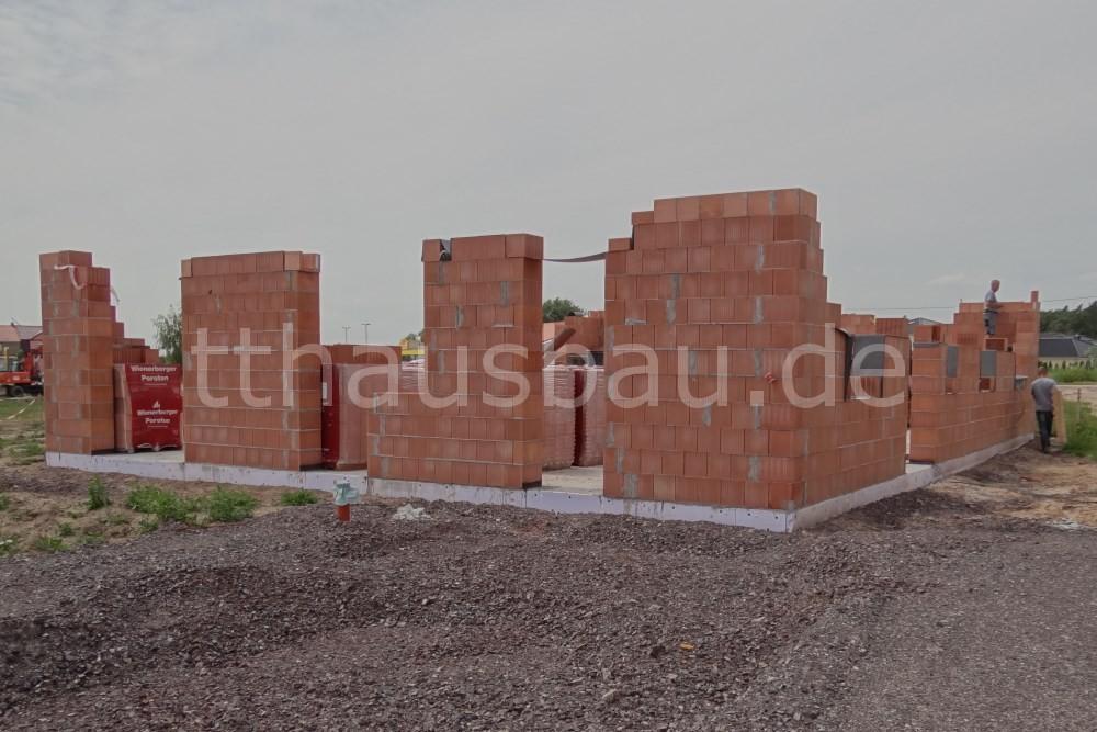 Bauwoche 07 – Mauerarbeiten Außenwand