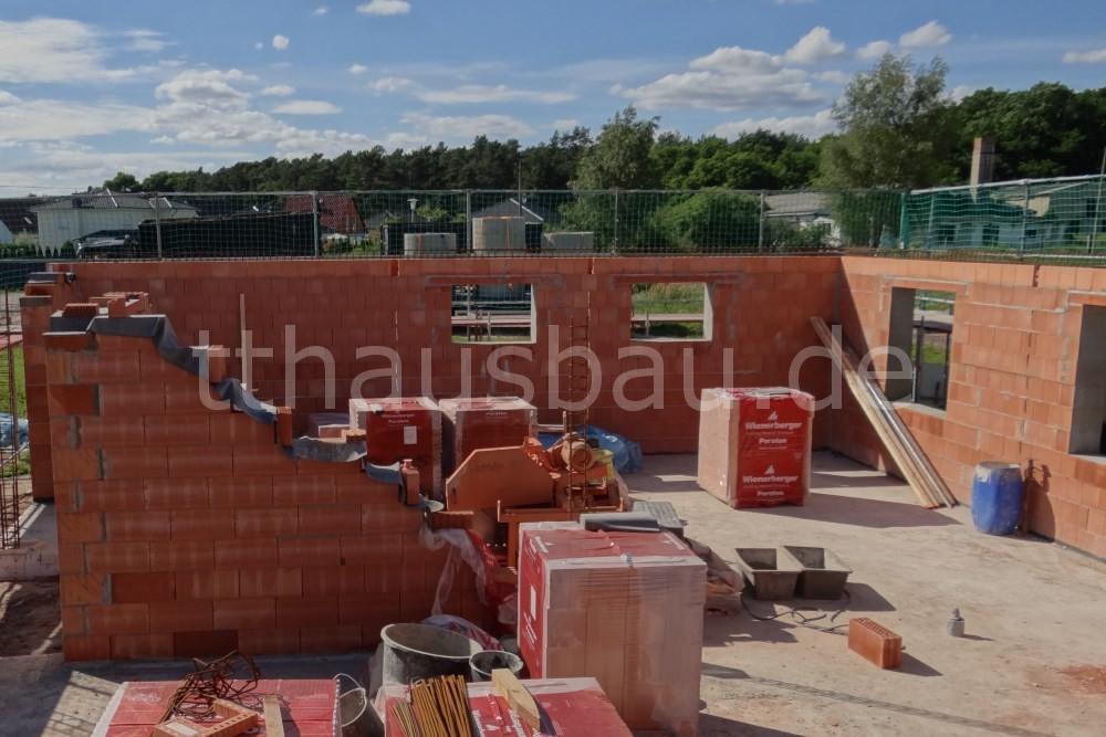 Bauwoche 08 – Mauerarbeiten Außen- und Innenwände