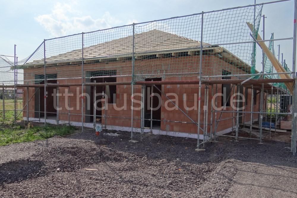 Bauwoche 11 – Schornstein und Innenwände
